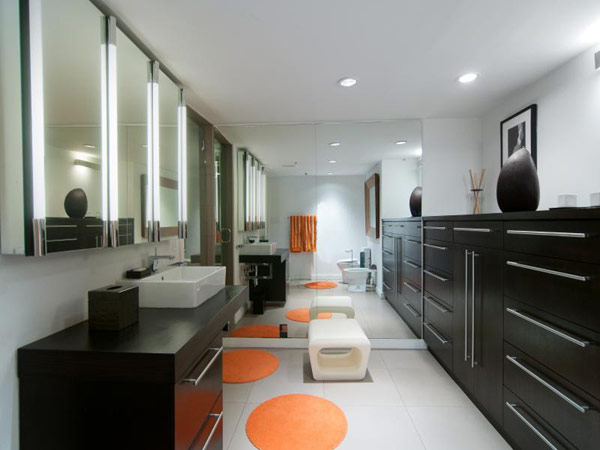 Уютный и просторный лофт в Юте, наполненный художественными элементами