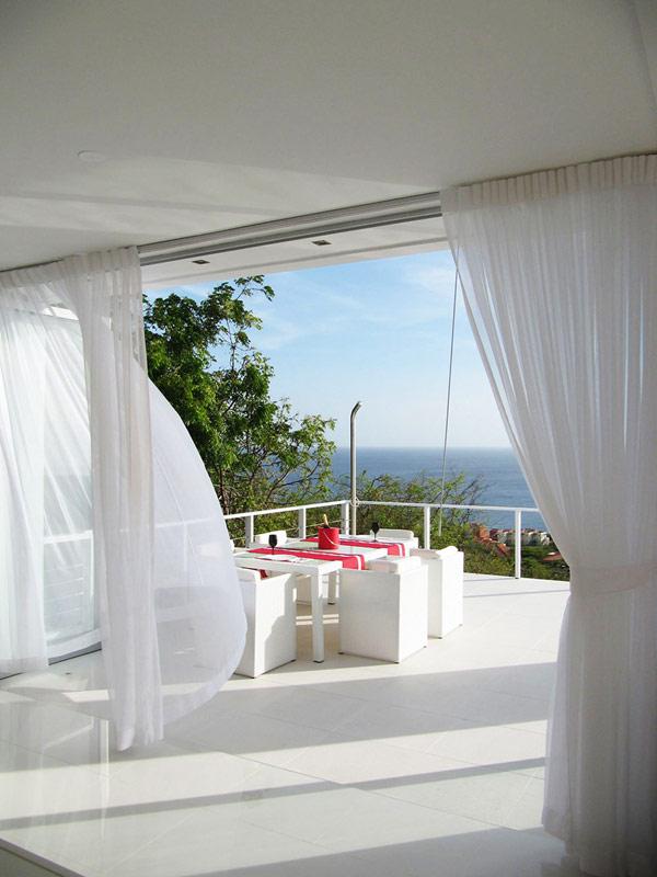 Современная вилла на побережье Карибского моря