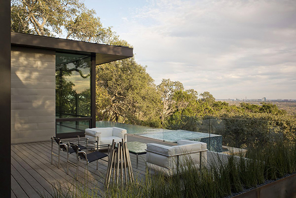 Красивый дом в Техасе с панорамным видом на город