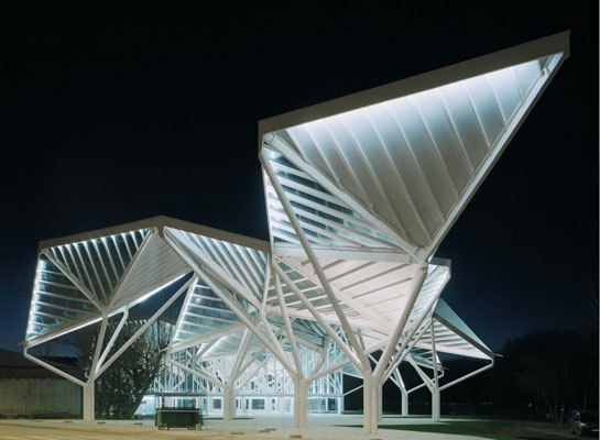15 захватывающих зданий, где оригами встречает архитектуру