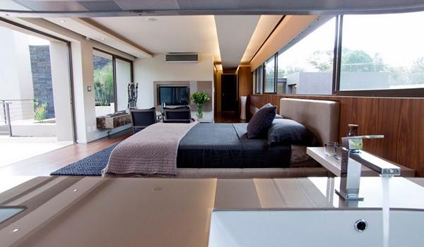 Теплый и элегантный дом в Йоханнесбурге с великолепными медными оттенками