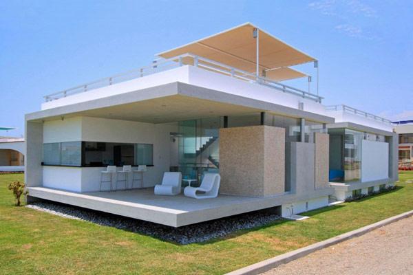 Пляжный домик в Перу, вдохновленный современным дизайном