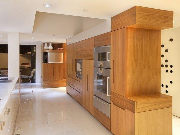 Безупречный дизайн: Современный роскошный дом в Беверли Хиллз, Калифорния