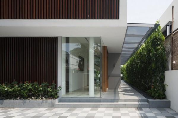 Современный Wind Vault House с крышей необычного изгиба в Сингапуре