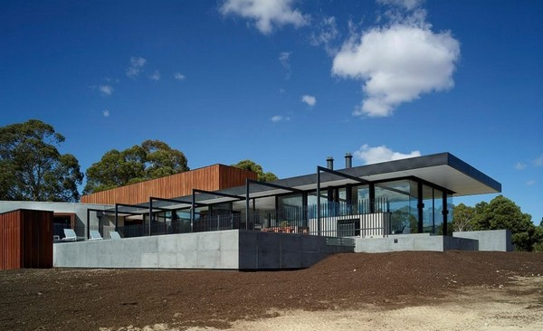 Уникальный и долговечный дом в Балларате, Австралия от архитекторов Rachcoff Vella