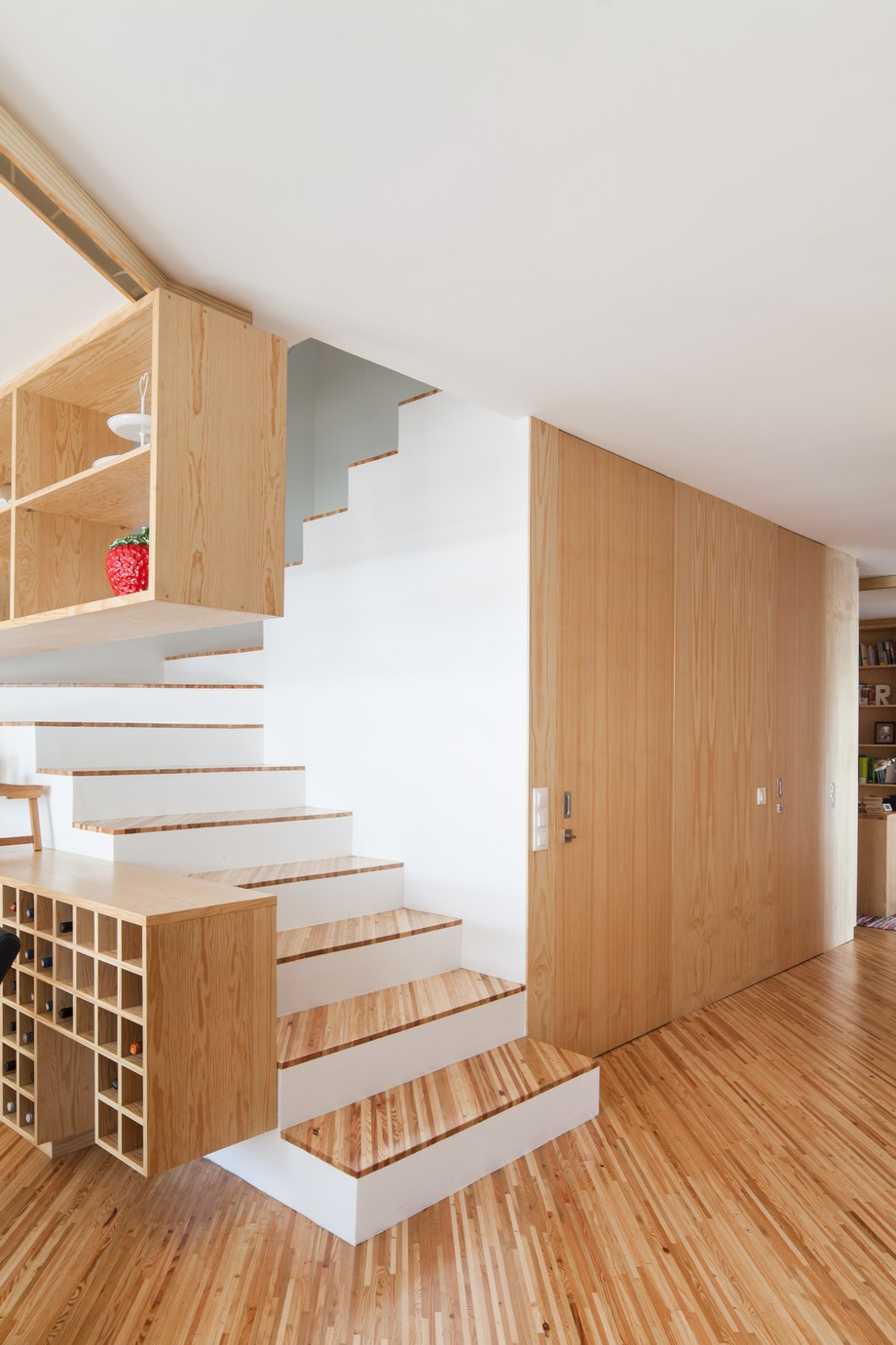 Португальский дом, создающий впечатление успокаивающей прибрежной атмосферы