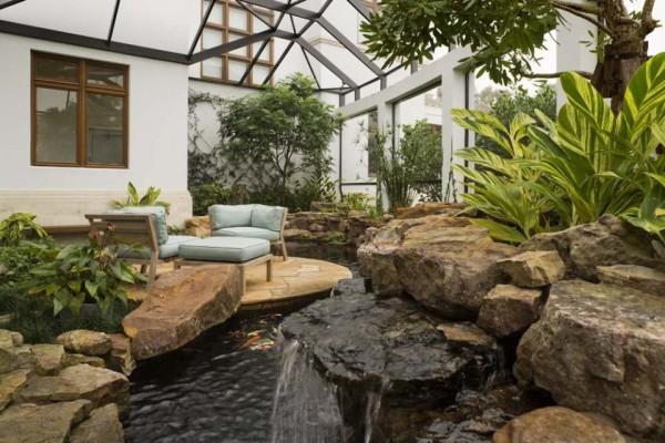 10 невероятных внутренних двориков