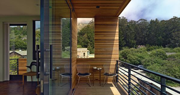 Изобретательный дизайн дома с высокой степенью защиты от наводнения