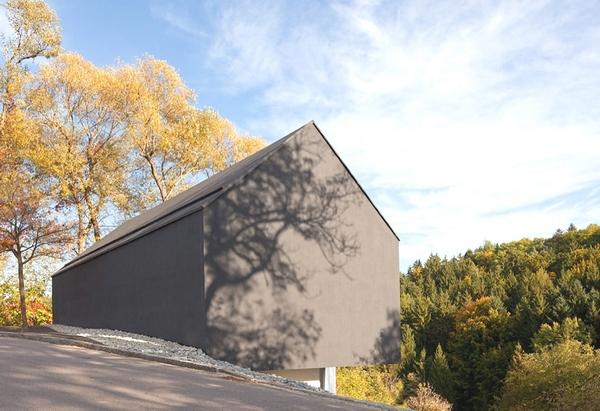 Интригующий дом в двух плоскостях, Германия