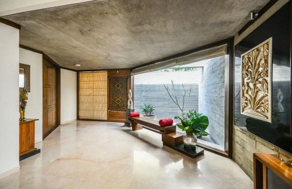Великолепный одноэтажный дом с бетонной отделкой