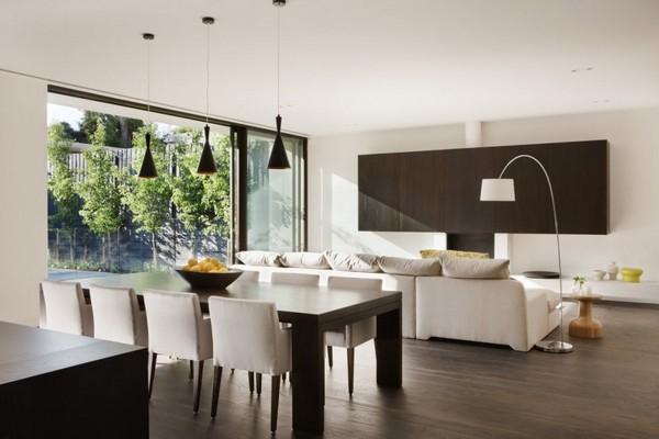 Великолепный дом, ориентированный на жизнеспособный дизайн