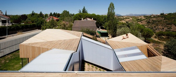 Ультрасовременный дом в Испании, разделенный на модули
