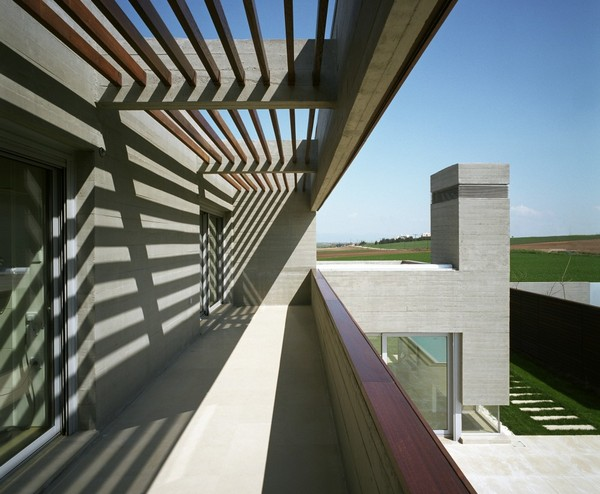 Формы и Геометрии: L-Образный Дом в Греции Potiropoulos D+L Architects