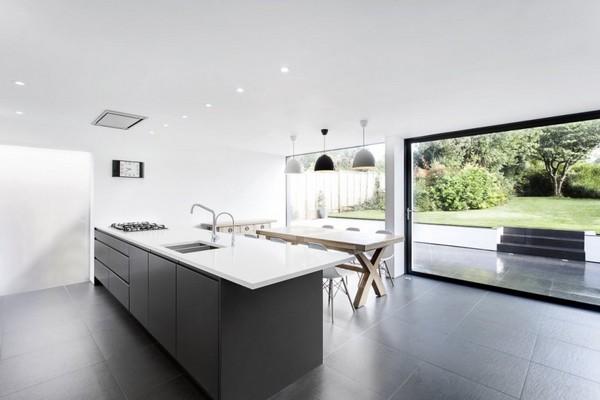 Стекло и дерево как дополнение к 1950′s Hampshire House от компании AR Design Studio