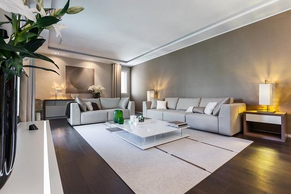 Естественные оттенки моря, песка и камня: современный дом в Монако