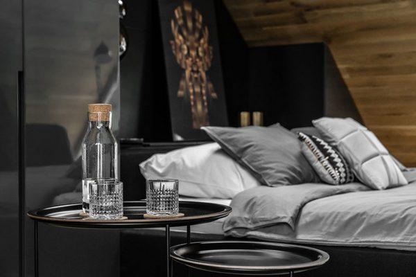 Мужской спальня на «чердаке»